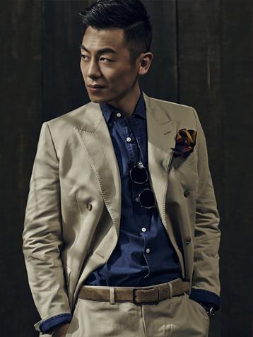 朱亚文身着复古西装时尚杂志封面