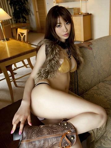 有色的日本美女图片