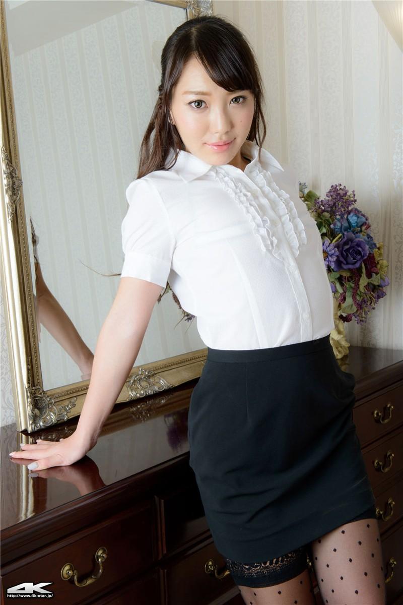 4kstar制服美女黑丝诱惑