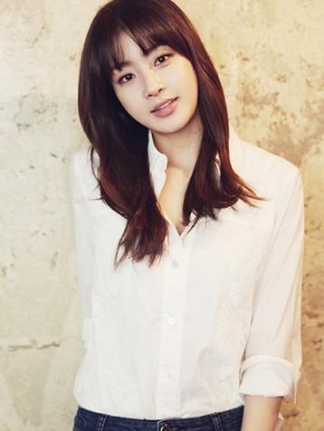 韩国美女姜素拉资料图片