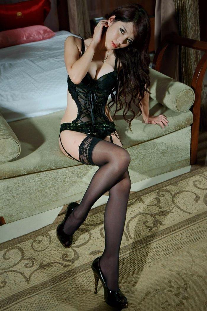 酒店极品妹子丝袜美女