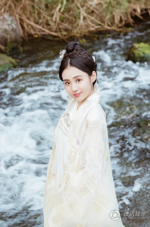 郑合惠子新年写真1