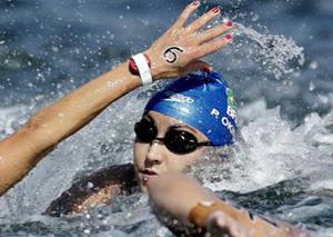 为赢把对手按下水 奥运精神何在?