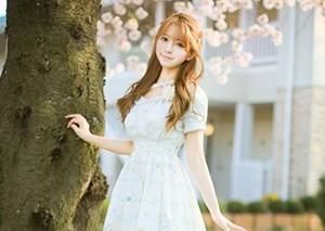 韩国女孩yurisa颜?#30340;?#22825; 似混血洋娃娃