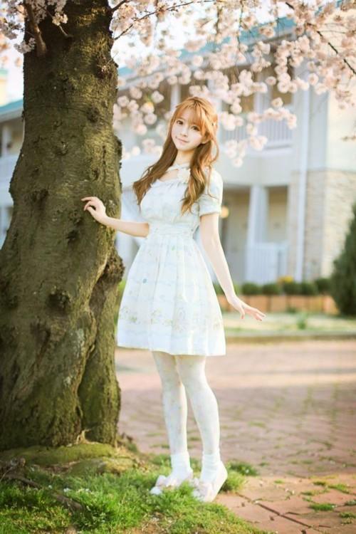 韩国女孩yurisa颜值逆天 似混血洋娃娃